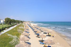 пляж отеля Lyttos Beach Watersplash & SPA