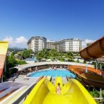 водные горки отеля Mukarnas Spa Resort