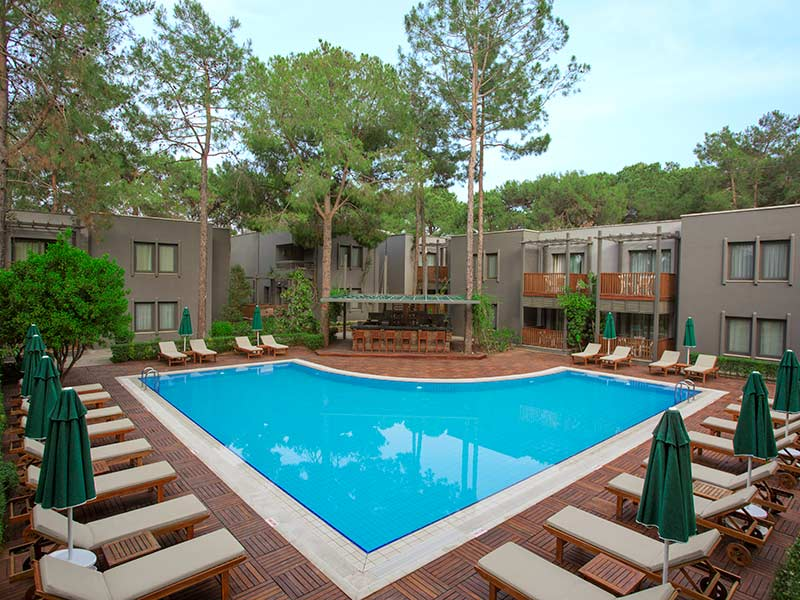 бассейн отеля Paloma Renaissance Antalya Beach Resorts & Spa