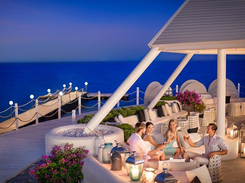 территория отеля Paloma Renaissance Antalya Beach Resorts & Spa