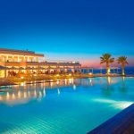 бассейн отеля The White Palace Grecotel Luxury Resort