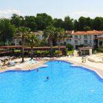 бассейн отеля Lykia Botanika