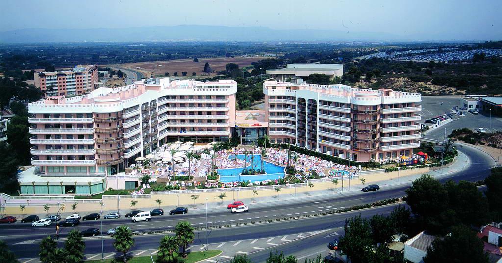 территория отеля Dorada Palace