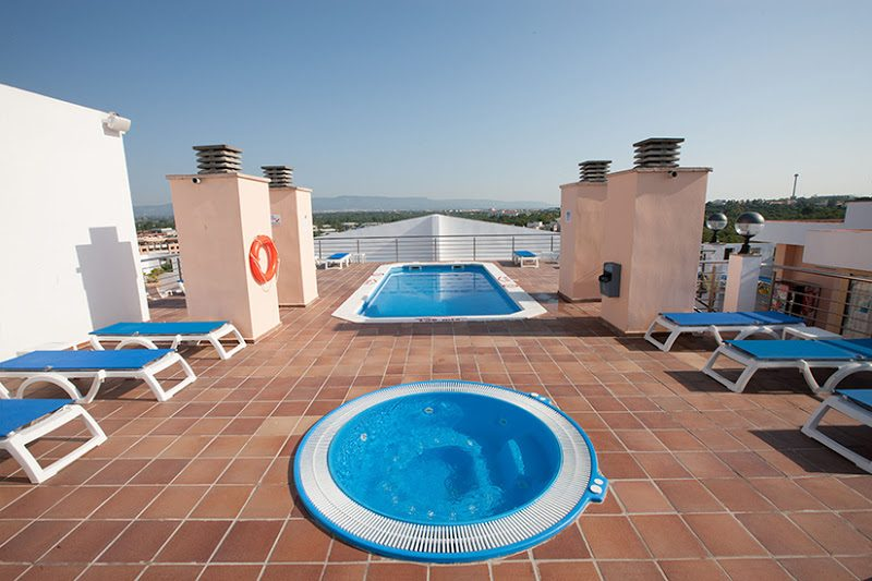 бассейны отеля Dorada Palace