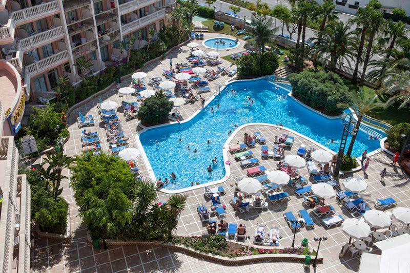 бассейн отеля Dorada Palace
