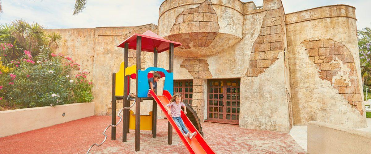 детская площадка отеля El Paso