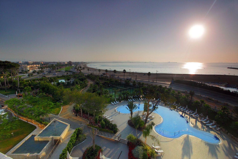 территория отеля Gran Palas Hotel