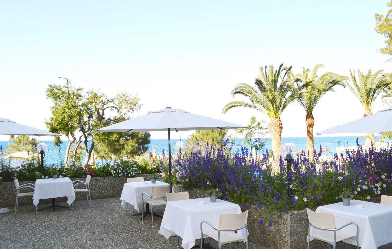 ресторан отеля Crowne Plaza Limassol