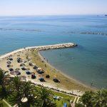 пляж отеля Crowne Plaza Limassol