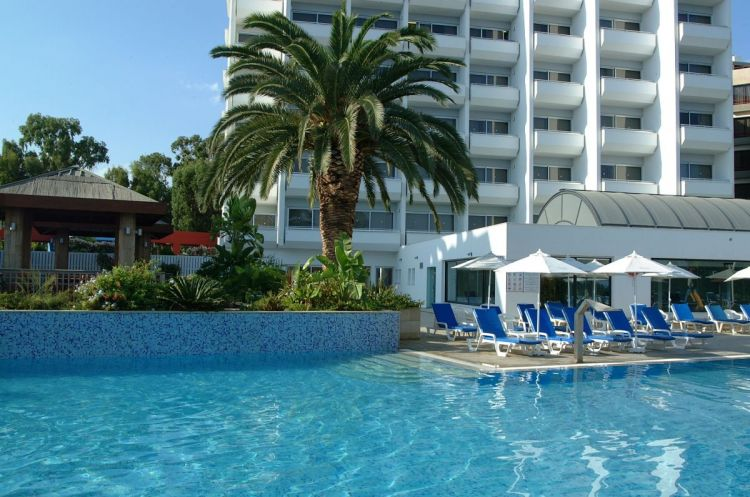корпус отеля Atlantica Miramare Beach