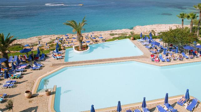 территория отеля Atlantica Club Sungarden Beach