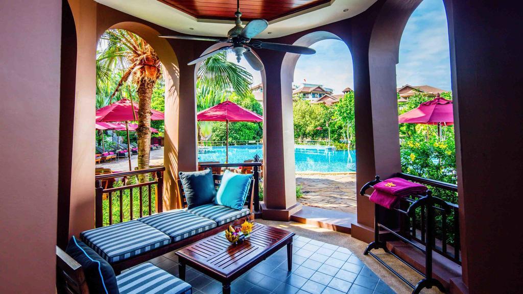 территория отеля Sheraton Pattaya Resort