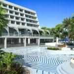 территория отеля Le Meridien Limassol Spa & Resort