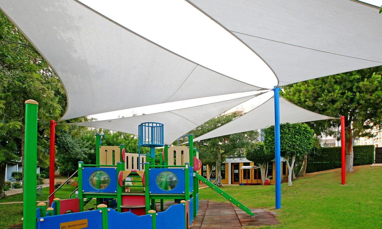 детская площадка отеля Mediterranean Beach