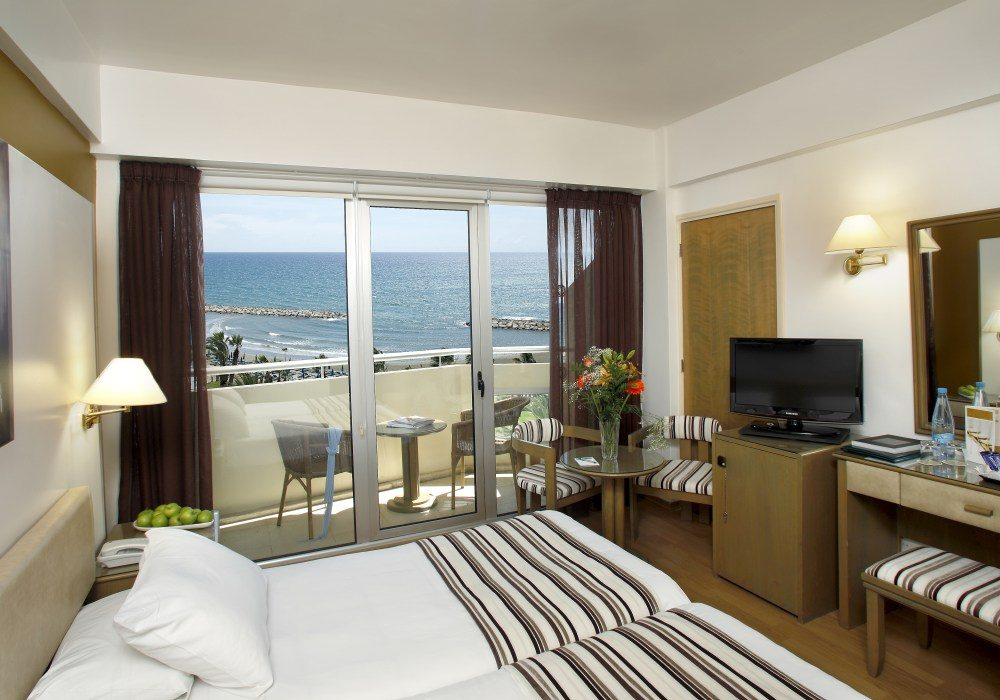 номер отеля Lordos Beach