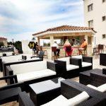 бар отеля Oracle Exclusive Resort
