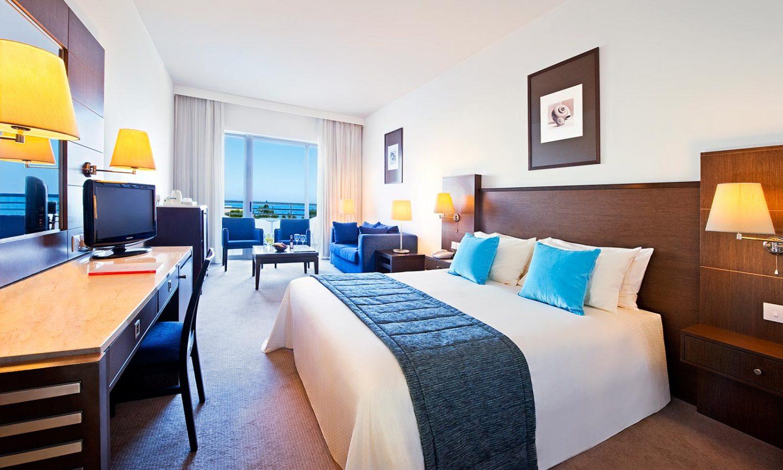 номер отеля Mediterranean Beach