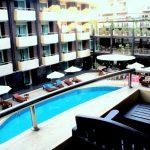 территория отеля Baron Beach