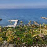 пляж отеля Amathus Beach Hotel