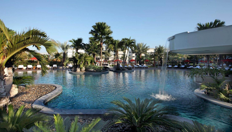 бассейн отеля Amari Ocean Pattaya
