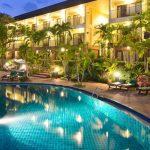 бассейн отеля The Green Park Resort