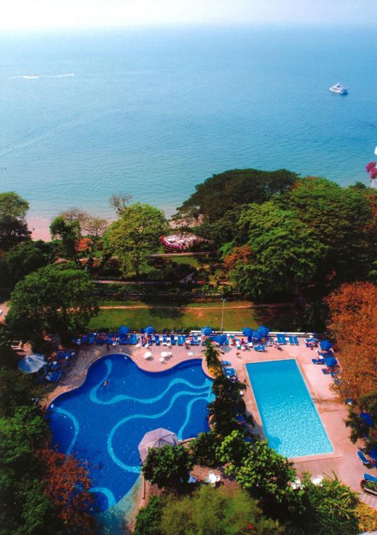 бассейн отеля Cosy Beach