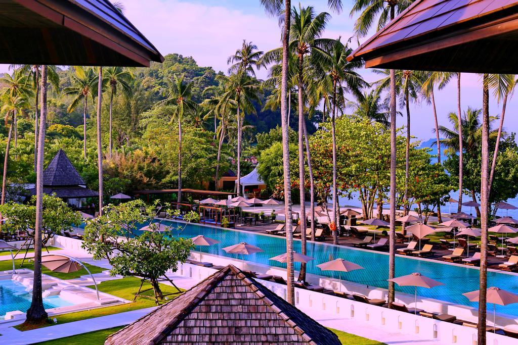 территория отеля Emerald Cove Koh Chang