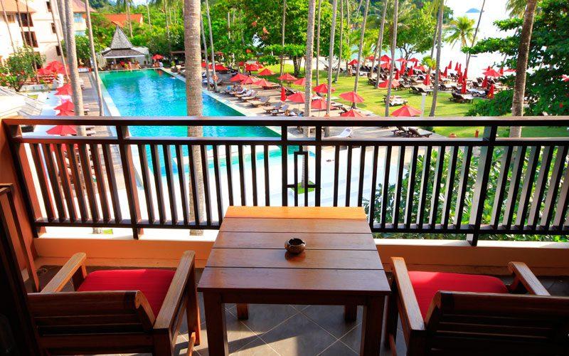 терраса отеля Emerald Cove Koh Chang