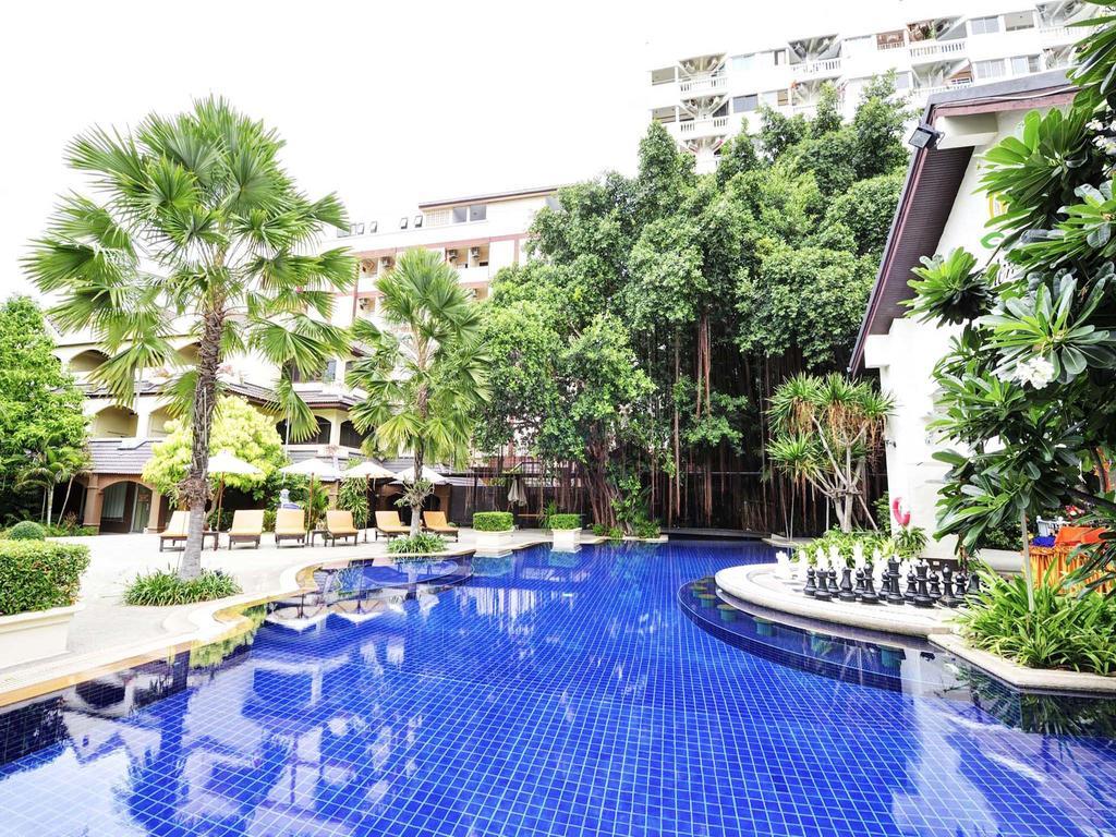 бассейн отеля Splendid Resort