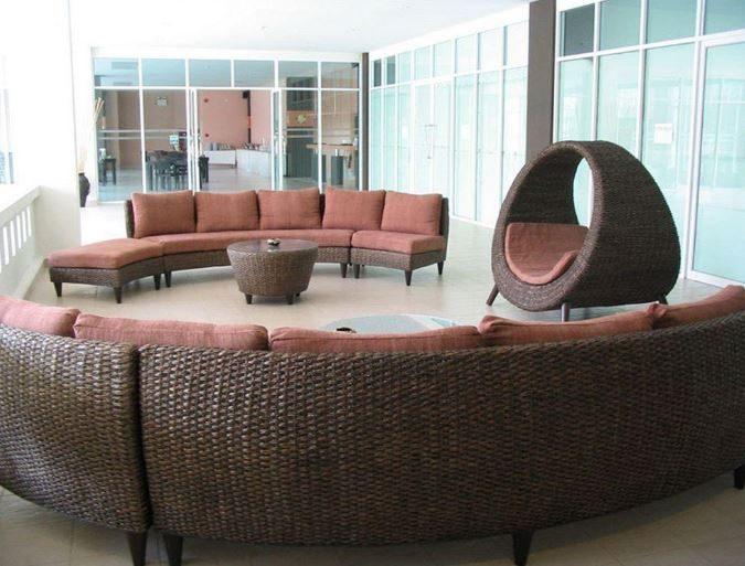 лобби бар отеля Crown Pattaya Beach