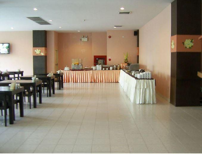 ресторан отеля Crown Pattaya Beach