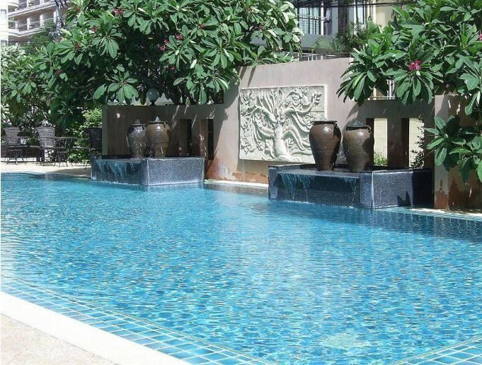 бассейн отеля Crown Pattaya Beach