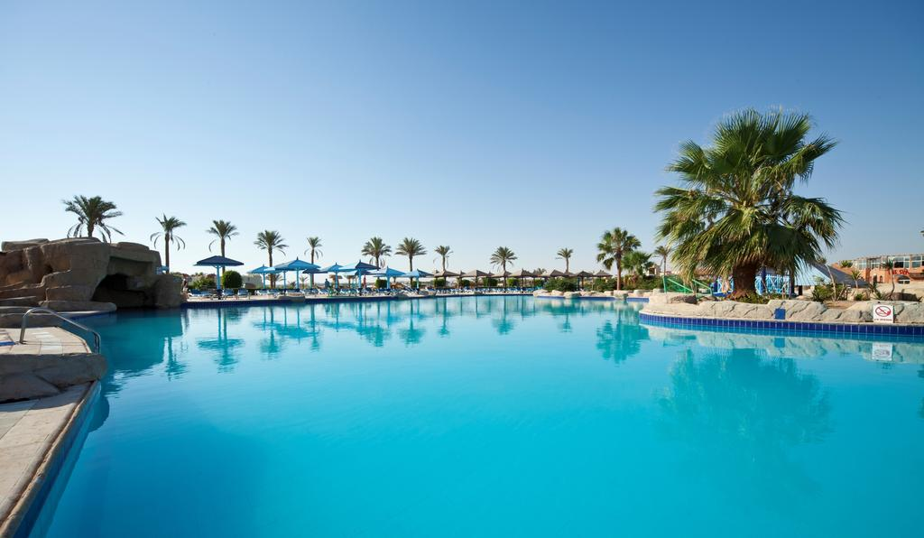 бассейн отеля Sunrise Royal Makadi Aqua Resort