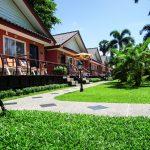 территория отеля Andaman Seaside Resort