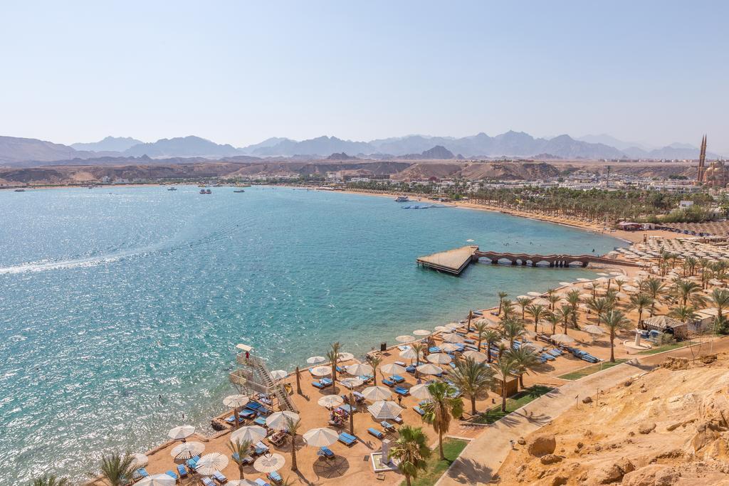 пляж отеля lbatros Aqua Blu Resort Sharm El Sheikh