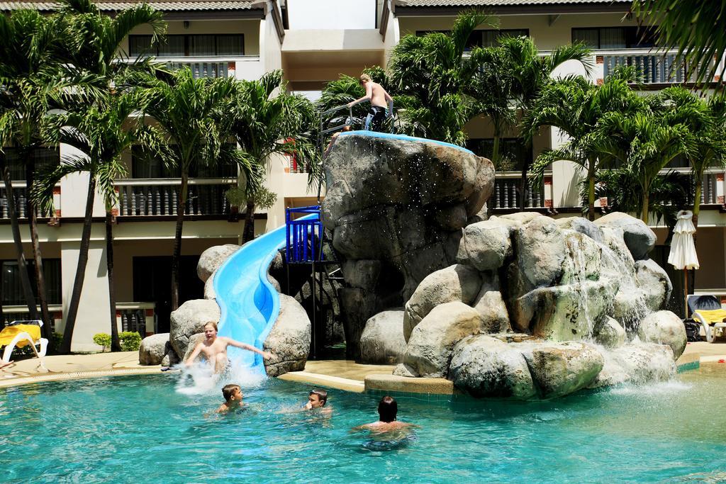 водная горка отеля Centara Kata Resort Phuket