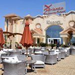 территория отеля Xperience Sea Breeze Resort