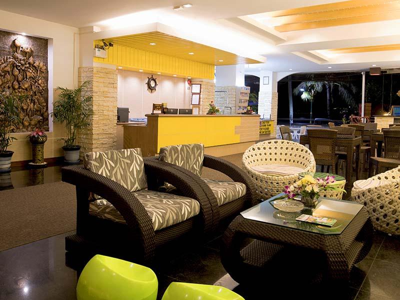 лобби бар отеля Baan Boa Resort