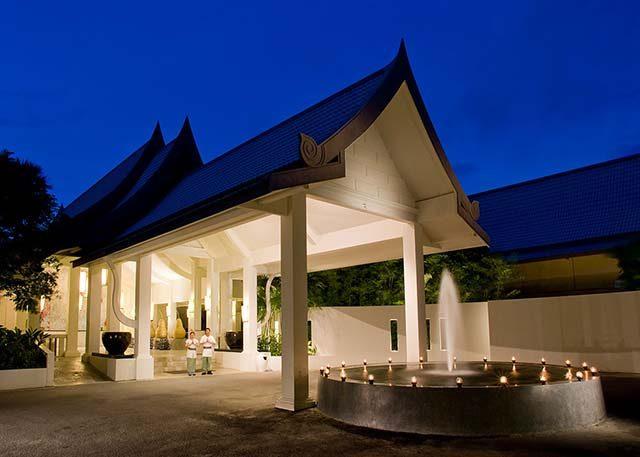 территория отеля Centara Kata Resort Phuket