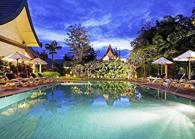 спа бассейн отеля Centara Kata Resort Phuket
