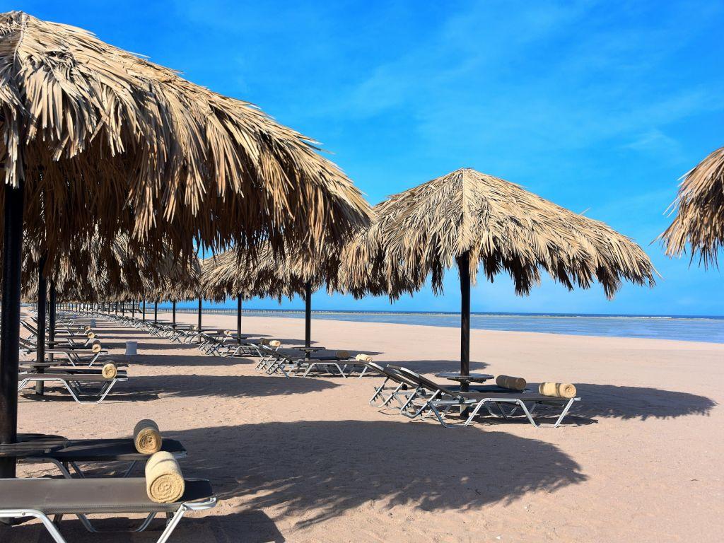пляж отеля Steigenberger Alcazar