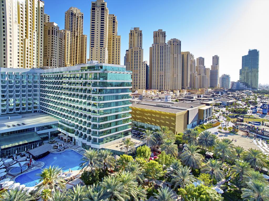 корпус отеля Hilton Dubai Jumeirah