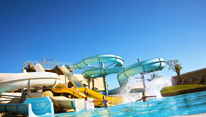 водные горки отеля Jaz Mirabel Beach
