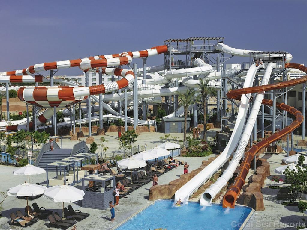 аквапарк отеля Coral Sea Waterworld