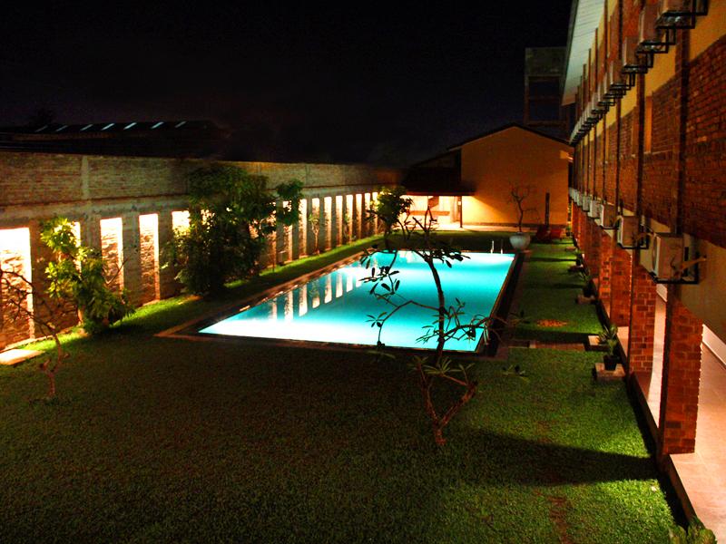 бассейн отеля The Long Beach Resort & Spa