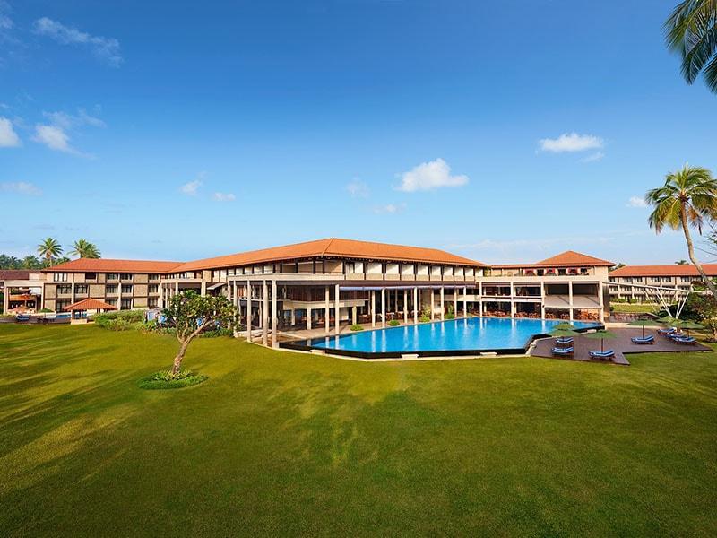 территория отеля Cinnamon Bey