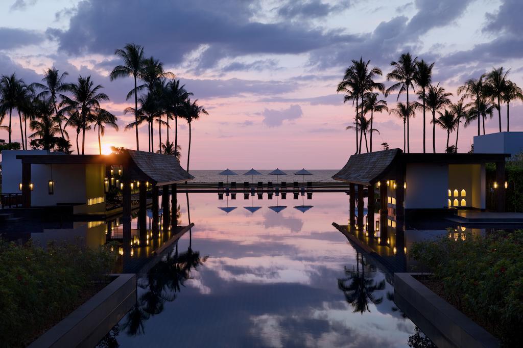 бассейн отеля JW Marriott Khao Lak