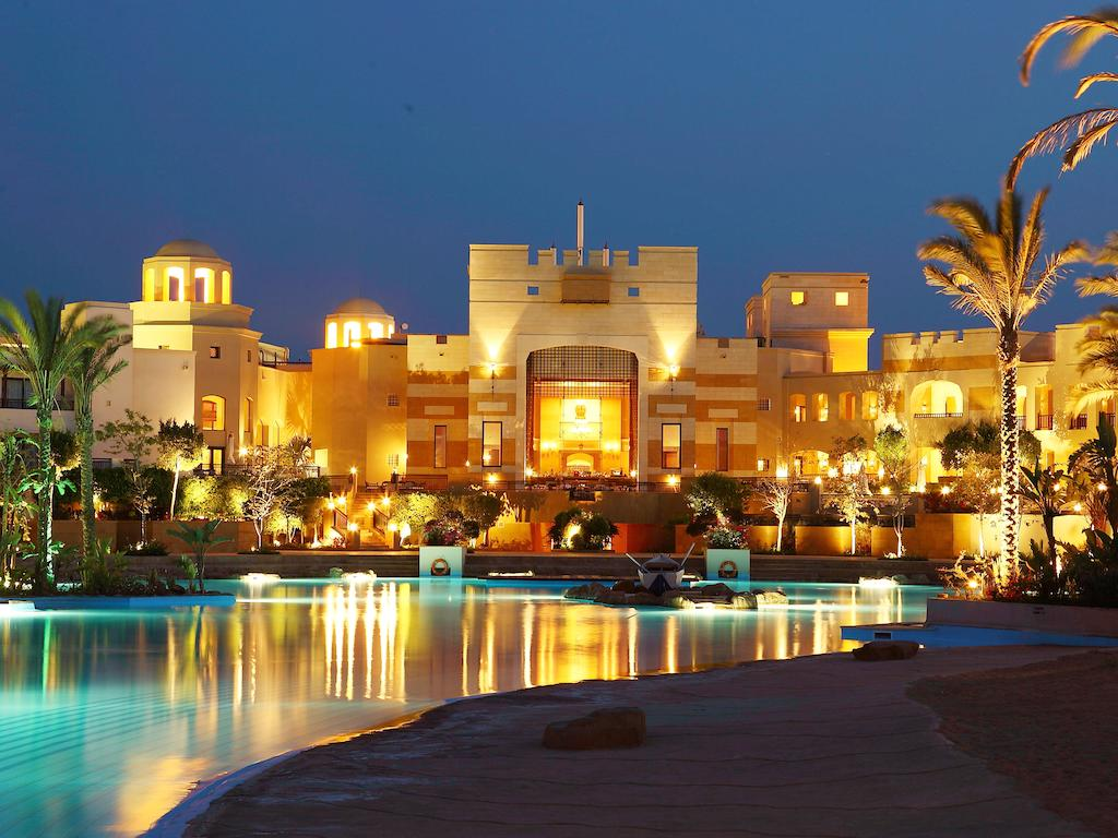 корпус отеля The Palace Port Ghalib