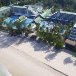 пляж отеля Le Meridien Phuket Beach Resort