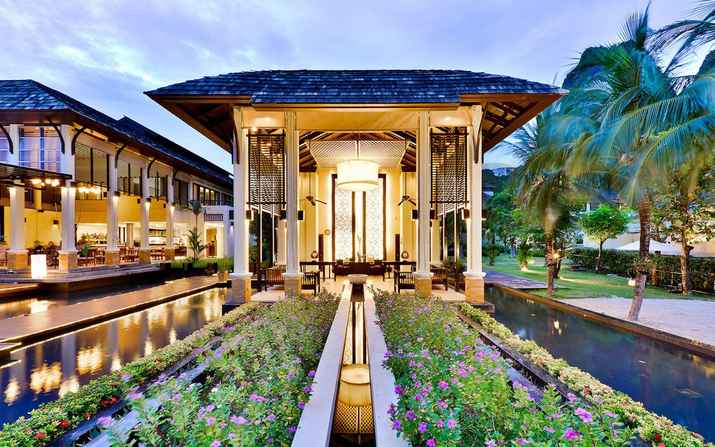 отель Bhu Nga Thani Resort and Spa